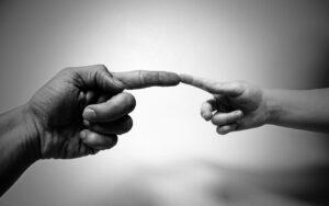 Suona Come se Dovessi Lasciare un Testamento Spirituale al tuo Prossimo - I 10 Comandamenti - Lezione di Pianoforte